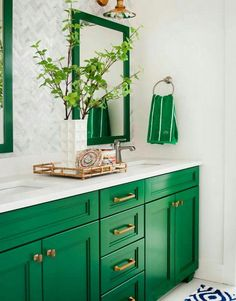 Green and Neutral Bathroom with Mirrors, Patterned Wallpaper and Blue-and-White . Green and Neutral Bathroom with Mirrors, Patterned Wallpaper and Blue-and-White Rug # Neutral Bathroom, Bathroom Colors, Bathroom Ideas, Bathroom Green, Colorful Bathroom, Bright Bathrooms, White Bathrooms, Bathroom Designs, Tiny Bathrooms