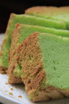 Ini lah kek yg ita cakapkan tu.... hihihi buat suspen aje kan?... tp sebenarnyer ita mmg suka sangat dgn kek Chiffon ni.. tau, dulu ita s... Cornbread, Cake Recipes, Chiffon, Ethnic Recipes, Desserts, Butter Cakes, Food, Millet Bread, Silk Fabric