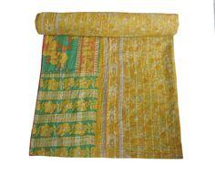 VINTAGE KANTHA QUILT REVESIBLE THROW BEDSPREAD BLANKET GUDRI ETHINIC INDIAN ART