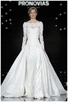 Wedding dress from the Pronovias 2017 collection. Image courtesy of Pronovias.