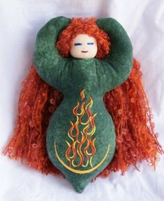 Dancing Goddess Dolls - Brigid, the Celtic goddess who would eventually become St. We celebrate hearth and home at Imbolc. We celebrate the returning light. Would be cute w Celtic knotwork embroidery on the body. Yule, Celtic Goddess, Celtic Mythology, St Brigid, Wiccan Crafts, Pagan Witch, Hearth And Home, Festival Lights, Book Of Shadows