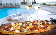 The Southern Sun Elangeni has a long history of providing exceptional service and hospitality to holidaymakers visiting Durban. The Elangeni hotel is Tsogo Flatbread Pizza, Kwazulu Natal, North Beach, Convention Centre, Vegetable Pizza, South Africa, Southern, Food, Sun