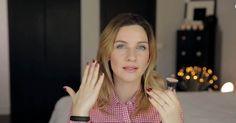 Merve Özkaynak, makyaj fırçalarını ve hangi makyaj fırçasının nasıl seçilmesi gerektiğini anlatıyor.