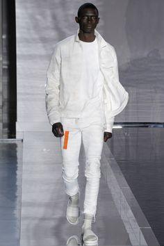 John Elliott Spring 2017 Menswear Fashion Show
