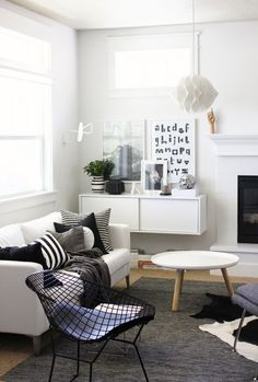 lovely black and white living room from a merry mishap blog
