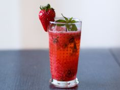 Strawberry Sake Cocktail from Serious Eats (http://punchfork.com/recipe/Strawberry-Sake-Cocktail-Serious-Eats)