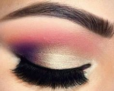 gorgeous multi-tonal eyeshadow