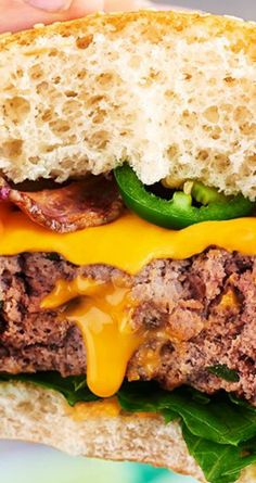 Searching for a great new burger recipe? Try your juicy Stuffed Jalapeno-Cheddar Bacon Burgers! Welcome To Good Burger, Jalapeno Cheddar, Easy Meal Prep, Hamburgers, Burger Recipes, Homemade Food, Nirvana, Salmon Burgers, Soul Food