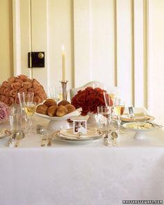 Elegant & Classic Thanksgiving table decor
