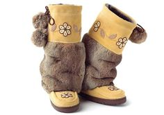 I have always, ALWAYS wanted an authentic pair of mukluks. They are a must have in cold, wet Canadian winters.   Luna Blue Shoe Diaries