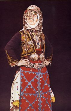A young Turkmen girl in her traditional attire ( Image: Ali Eminov ) Rare Clothing, Culture Clothing, Folk Costume, Costumes, Dress Attire, Central Asia, World Cultures, Ethnic Fashion, Traditional Dresses