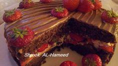 طريقة عمل  كيكة الشوكولاتة بحشوة كريمة الشانتيه والفراولة - Chocolate cake with cream and strawberry recipe