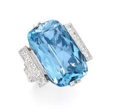 FD GALLERY | Rare & Vintage | An Aquamarine and Diamond Ring