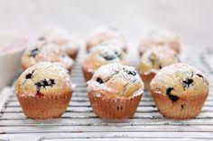 Klasyczne Muffiny z Borówką Amerykańską
