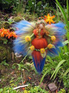 BÄRBL Needle Felted Wool  fairy, Flower fairy, Waldorf inspired fairy doll, wool. €18.00, via Etsy.