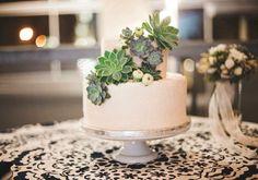 Succulent Wedding Bouquets, Centerpieces, & More | Urban Succulents