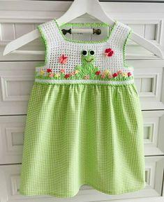 Crochet Girls, Crochet Baby Clothes, Crochet For Kids, Joining Crochet Squares, Crochet Butterfly, Crochet Bedspread, Baby Vest, Girls Dresses, Summer Dresses