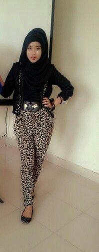astri hijab