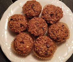 Recette: Muffins bananes, choco et avoine. Muffin Choco Banane, Muffin Recipes, Seafood, Protein, Fish, Cookies, Breakfast, Desserts, Slow Cooker Meatloaf