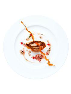 シャングリ・ラ ホテル 東京(Shangri-La Hotel, Tokyo) 「笠子のポワレと 海老芋のコンフィ  トリュフとラズベリー ヴィネガーソース」