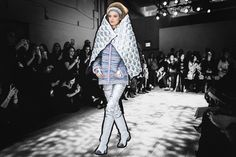 Your Comprehensive Guide To Fall 2017's Biggest Trends  <i>For</i> W magazine, by Caroline Grosso.<p>Even though it is barely beginning to look like spring, it is never to early to start thinking about what to wear come next season. After sifting through all of the ideas presented on the runway, <i>W</i>'s editors have narrowed down the eight, must-have trends from the …  http://www.huffingtonpost.com/entry/your-comprehensive-guide-to-fall-2017s-biggest-trends_us_58d9475fe4b0c0980ac0e89e