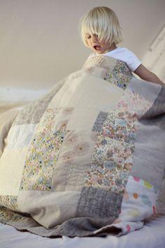 Couverture brodée à la main Couverture patchwork pour bébé Plaid brodé matelassé à la main Quilting main Déco maison Couvre lit ou canapé