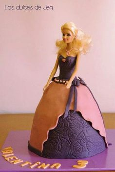 Barbie cake / Tarta decorada Barbie