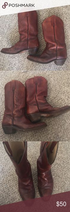 Mens frye boots authentic frye men's cowboy boots. In used condition. Beautiful color Frye Shoes Cowboy & Western Boots