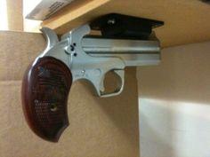 Gun magnet from Bond Arms