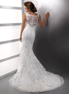 Justina - by Maggie SotteroOne Enchanted Evening Inc 280 Packetts Landing Fairport, NY 14450 USA Phone: (585) 425-1166 Heart To Heart Bridal 72 South Main Street Manchester, NY 14504 USA Phone: (585) 289-6523
