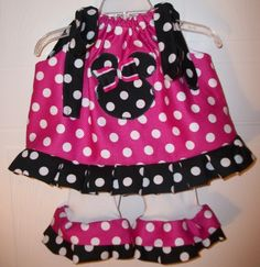 cute minnie outfit :) @Carol Van De Maele Kintigh  Easy pillowcase dress with the tight leggings with ruffles added to match! :)
