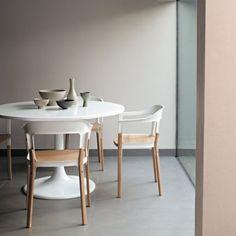 Une salle à manger aux couleurs subtiles