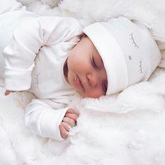 – süße Babys – – Nombres de bebés y ropa de bebé. The Babys, Cute Baby Pictures, Baby Photos, Baby Outfits, Little Babies, Cute Babies, Foto Baby, Baby Family, Baby Kind