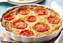 Quiche Sans Pâte au Thon et aux Tomates WW WW Thunfisch und Tomaten Teig Free Quiche Pizza Recipes, Healthy Dinner Recipes, Crockpot Recipes, Vegan Recipes, Snack Recipes, Junk Food, Quiche Lorraine, Food Inspiration, Breakfast Casserole