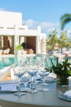 Dining poolside at the Colonnade restaurant, The Shore Club Turks & Caicos Amazing Hotels, Beautiful Hotels, Amazing Places, Destin Resorts, Hotels And Resorts, Best Hotels, The Turk, Resort Villa, Group Travel
