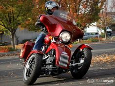 See thethree-wheeled conversion kit for Harley-Davidsons in action in theTilting Motor Works photo gallery.