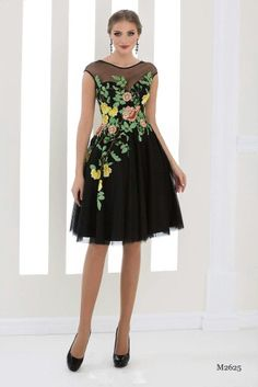 Short Gowns, Short Lace Dress, Chiffon Dress, Evening Dresses, Prom Dresses, Formal Dresses, Skirt Fashion, Fashion Dresses, Rehearsal Dress