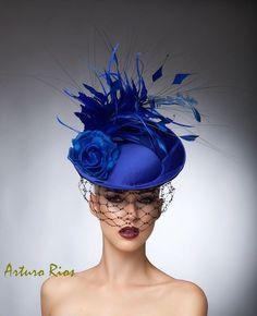 Royal Blue Fascinator cocktail hat Headpiece Royal by Arturo Rios Chapeaux Pour Kentucky Derby, Kentucky Derby Hats, Royal Blue Fascinator, Royal Ascot Hats, Azul Real, Bleu Royal, Cocktail Hat, Stylish Hats, Fancy Hats
