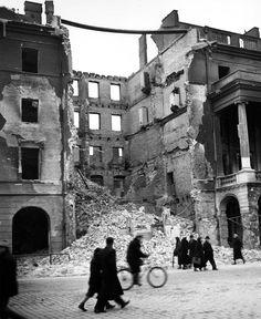 Warszawa 1939 Zniszczona kamienica przy ul. Leszno