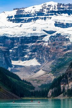 via http://0-siris.tumblr.com Gem Of The Canadian Rockies Lake Louise (by Tommy Farnsworth)