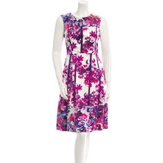 Pre-owned Erdem Floral Dress ($295) ❤ liked on Polyvore featuring dresses, purple, cut out dress, purple floral print dress, purple dress, pleated dress and floral dress