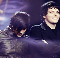 Gee's smile omfg how can you not love it