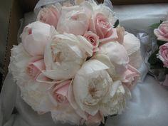 rose/peony peony bouquet