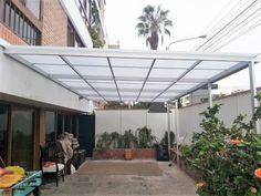 domos y techos de policarbonato y vidrio Patio Trellis, Skylight Design, Modern Bungalow Exterior, Outdoor Awnings, Pavilion Design, Small Balcony Decor, Diy Canopy, Backyard Patio Designs, Shed Design