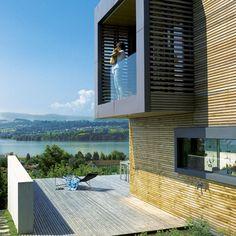 Lakeside House in Switzerland