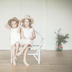 coup de coeur pour les robes de nuit BLANCHE en voile de coton plumetis contrasté !  notre best.