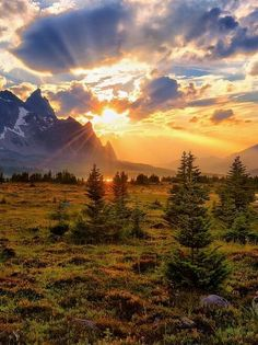 20 Breathtaking Places To See Before You Die Beautiful Sky, Beautiful Landscapes, Beautiful World, Beautiful Places, Landscape Photography, Nature Photography, Nature Sauvage, Jolie Photo, Nature Pictures