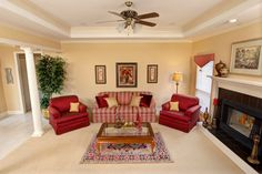 Make a living room that's for living with the Maplewood!