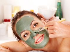 Tips And Tricks For Healthy Youthful Skin 6 Unusual Peel Off Face Masks Face Mask Peel Off, Face Mask For Pores, Acne Face Mask, Clay Face Mask, Face Skin, Face Scrub Homemade, Homemade Face Masks, Natural Beauty Recipes