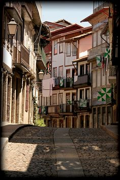 Patrimonio UNESCO Sintra, Enjoy Portugal Cottages and Manor Houses Travel to Portugal Portugal Honeymoons Braga Portugal, Visit Portugal, Portugal Travel, Spain And Portugal, Beautiful Places To Visit, Great Places, Cities, Douro, Famous Places